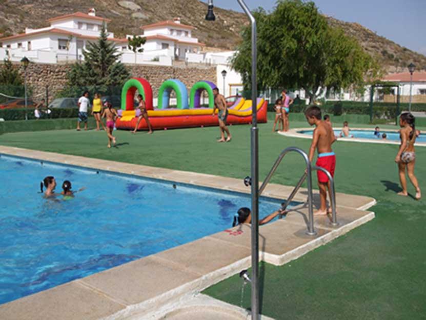 Ayuntamiento de oria instalaciones for Como declarar una piscina en el catastro
